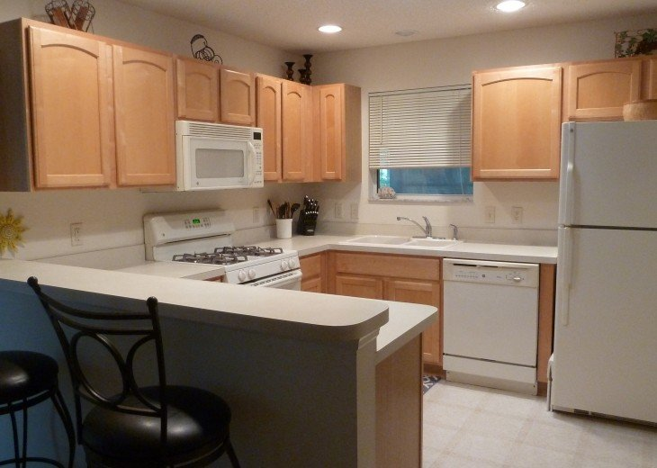 Attractive and centrally located in heart of The Villages #3