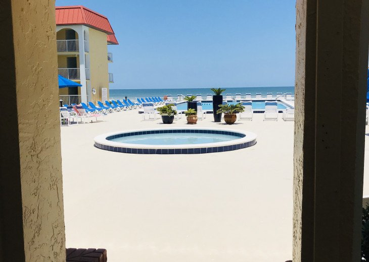 BOOK NOW FOR SUMMER BEST ON THE BEACH BEAUTIFULLY REMODELED OCEANFRONT 5* CONDO #55