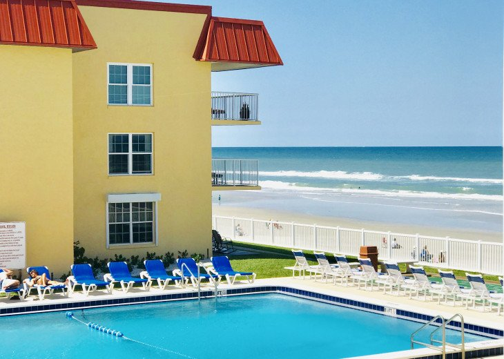 BOOK NOW FOR SUMMER BEST ON THE BEACH BEAUTIFULLY REMODELED OCEANFRONT 5* CONDO #56