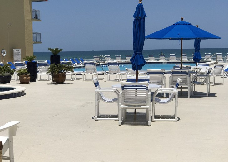 BOOK NOW FOR SUMMER BEST ON THE BEACH BEAUTIFULLY REMODELED OCEANFRONT 5* CONDO #54