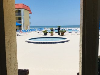 BREATHTAKING OCEAN VIEWS END UNIT WiFi STUNNING REMODELED OCEANFRONT 5* CONDO #1