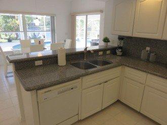 Kitchen / Lakeview