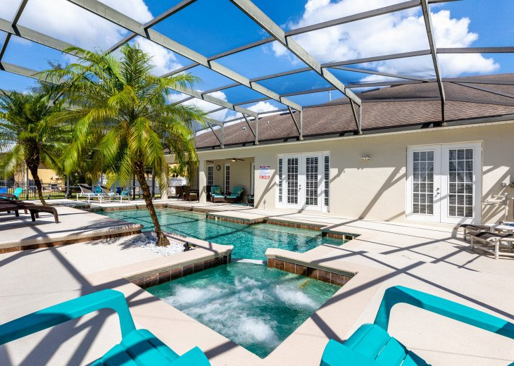 Lakeview Retreat, luxury villa, large pool, game room and cookout area #6