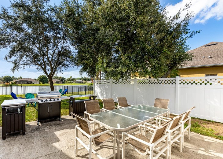 Lakeview Retreat, luxury villa, large pool, game room and cookout area #37