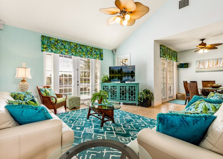 Lakeview Retreat, luxury villa, large pool, game room and cookout area #8