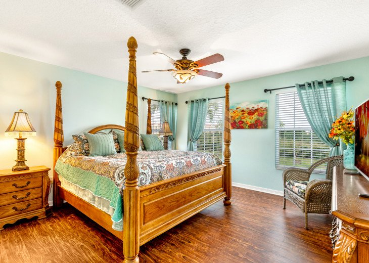 Lakeview Retreat, luxury villa, large pool, game room and cookout area #27