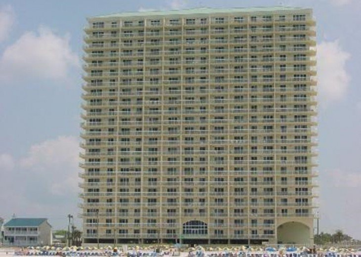 Beachfront Luxury 2BR. Sleeps 6. Mstr. BR on Gulf. Book Spring & Summer Now! #3