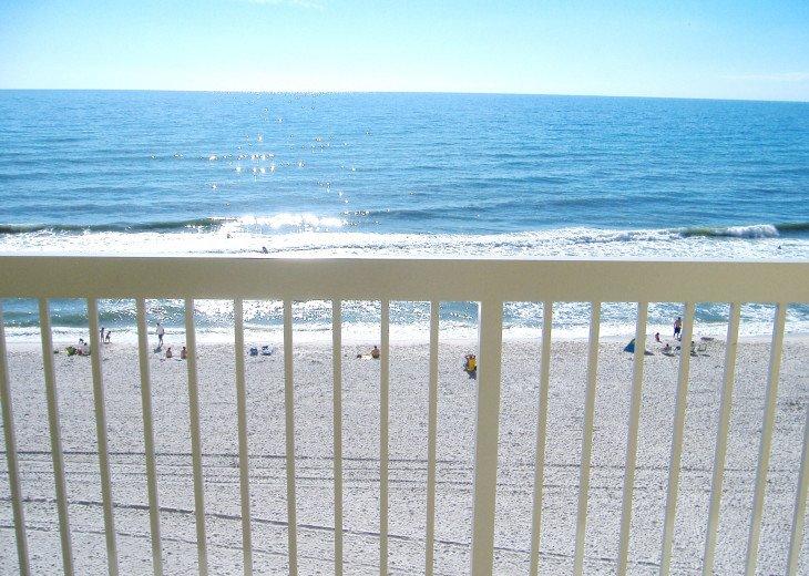 Beachfront Luxury 2BR. Sleeps 6. Mstr. BR on Gulf. Book Spring & Summer Now! #30