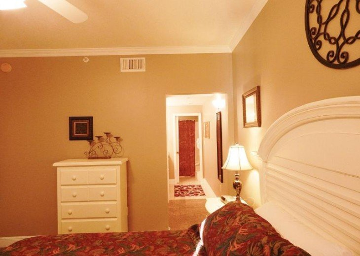 Beachfront Luxury 2BR. Sleeps 6. Mstr. BR on Gulf. Book Spring & Summer Now! #9