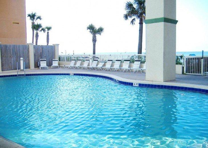 Beachfront Luxury 2BR. Sleeps 6. Mstr. BR on Gulf. Summer Weeks Available! #22