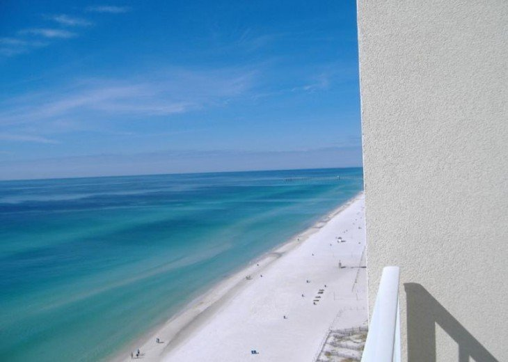 Beachfront 3 BR 2 BA. Sleeps 8. Great View! July Weeks Available @ $100/wk Off! #10