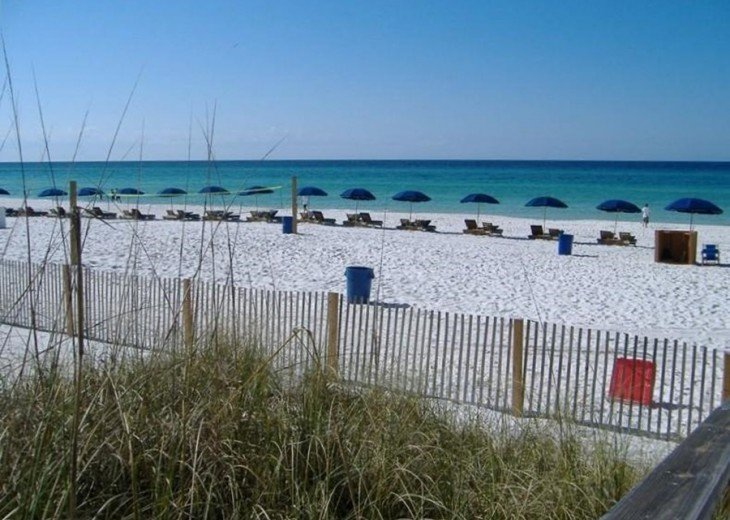 Beachfront 3 BR 2 BA. Sleeps 8. Great View! July Weeks Available @ $100/wk Off! #2