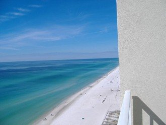 Beachfront 3 BR 2 BA. Sleeps 8. Great View! July Weeks Available @ $100/wk Off! #1