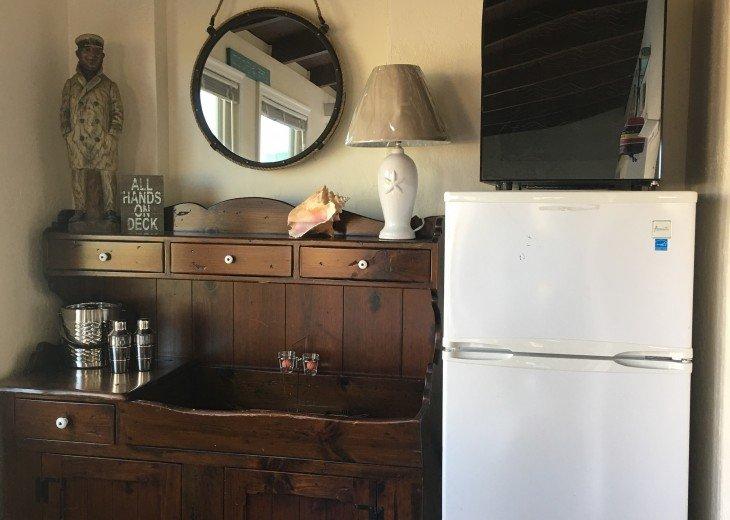 Dry Bar, Fridge & Wine Cooler