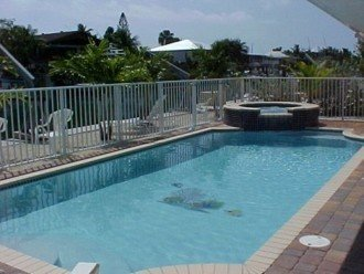 The PERFECT Escape with pool & jacuzzi #1
