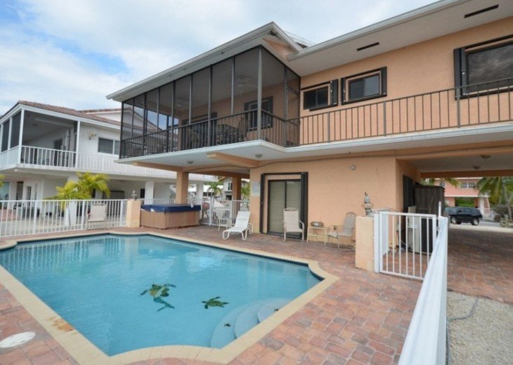 The Perfect Getaway with Heated Swimming Pool, Jacuzzi and Boat Slip #1