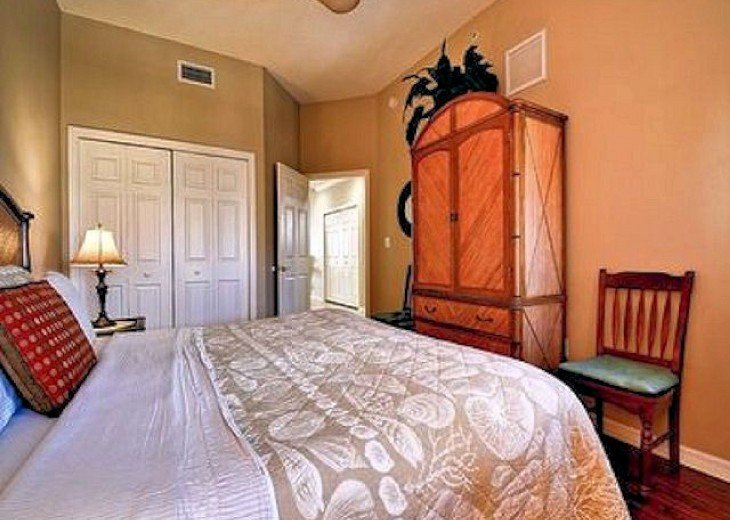 MASTER WITH FULL ENTERTAINMENT CENTER /WALK IN CLOSET , MASTER BATH.