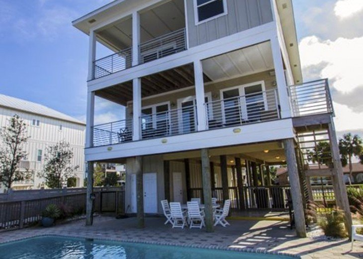 Soundfront Home with Pool #23