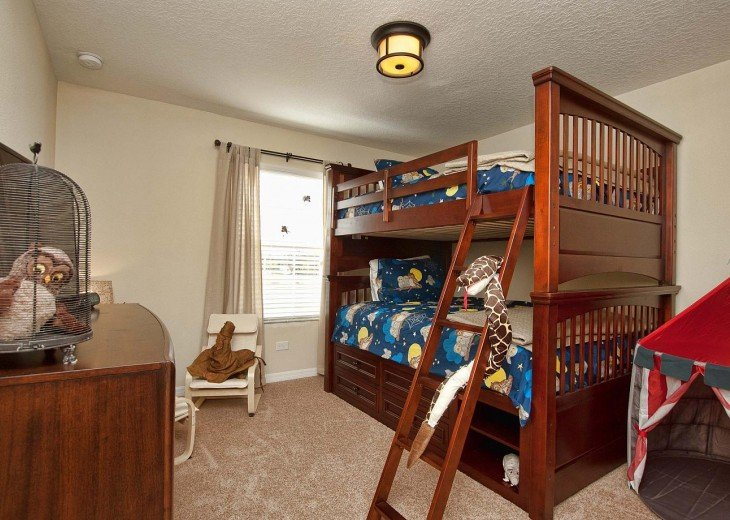 Harry Potter room- double sized bunk beds