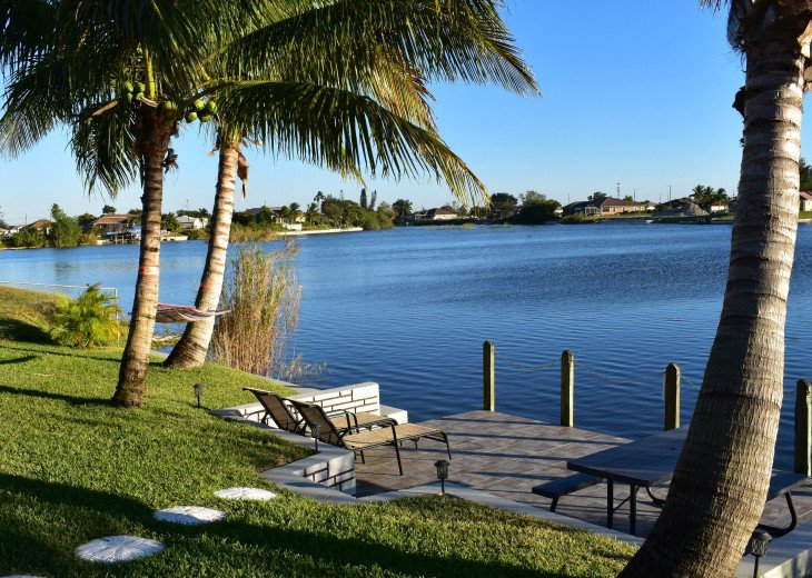Villa Florida Vacation - Last Minute Prices in August -Lake front with Pool #15