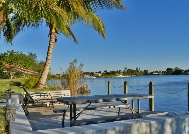 Villa Florida Vacation - Last Minute Prices in August -Lake front with Pool #17