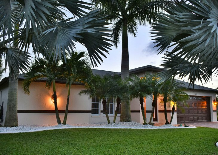 Villa Florida Vacation - Last Minute Prices in August -Lake front with Pool #40