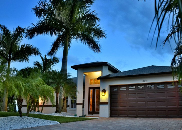 Villa Florida Vacation - Last Minute Prices in August -Lake front with Pool #41
