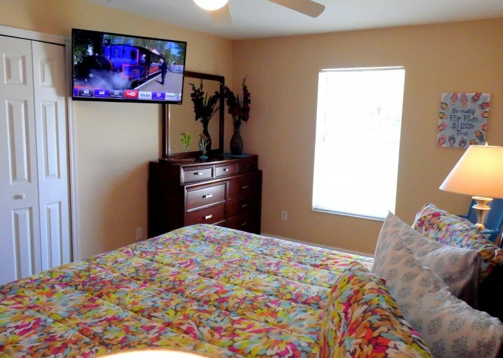 Villa Florida Vacation - Last Minute Prices in August -Lake front with Pool #31