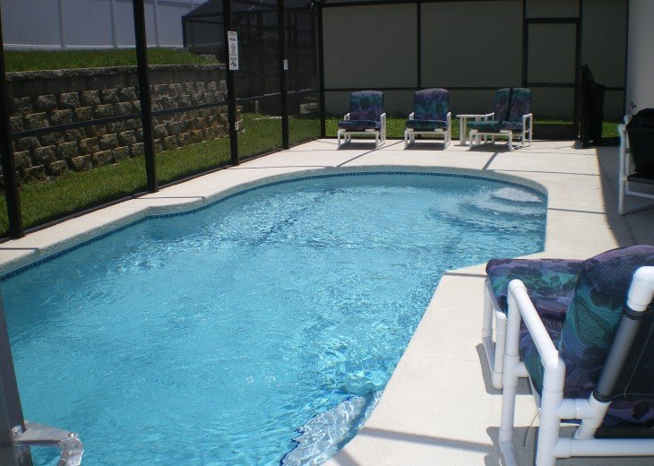 Becky's beautiful 5/3 Vaction Rental Pool Home Games Room free Wi -Fi #10