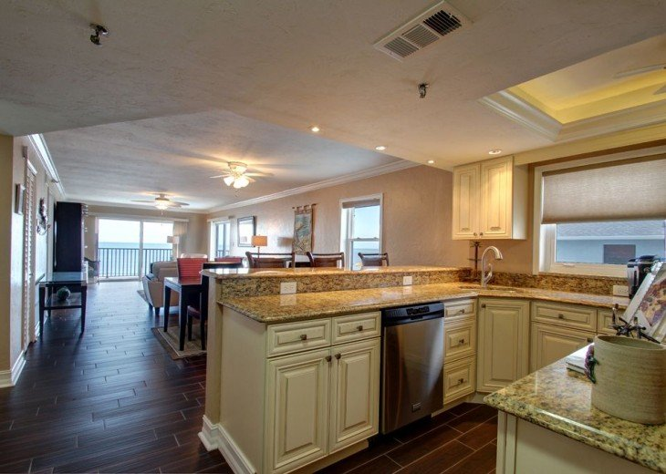 Perfect Sunsets--Direct Beachfront--2bed/2bath #13