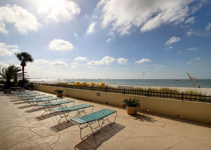 Perfect Sunsets--Direct Beachfront--2bed/2bath #24