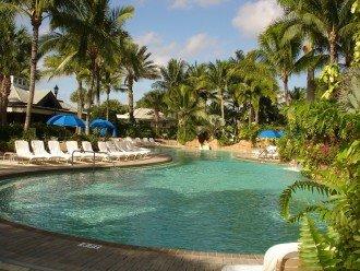 Club & Spa pool