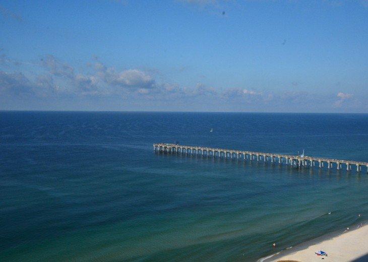Calypso Resort, Free Beach Service, Netflix & Walk to Pier Park! #37