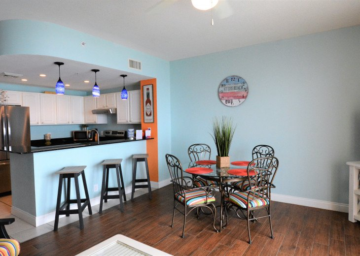 Plenty of space to eat and relax after a long day at the beach!