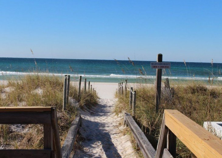 Newly Remodeled Private House w/pool, 200 ft from Beach! WiFi Screened Fla Room #24