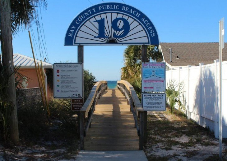 Newly Remodeled Private House w/pool, 200 ft from Beach! WiFi Screened Fla Room #20