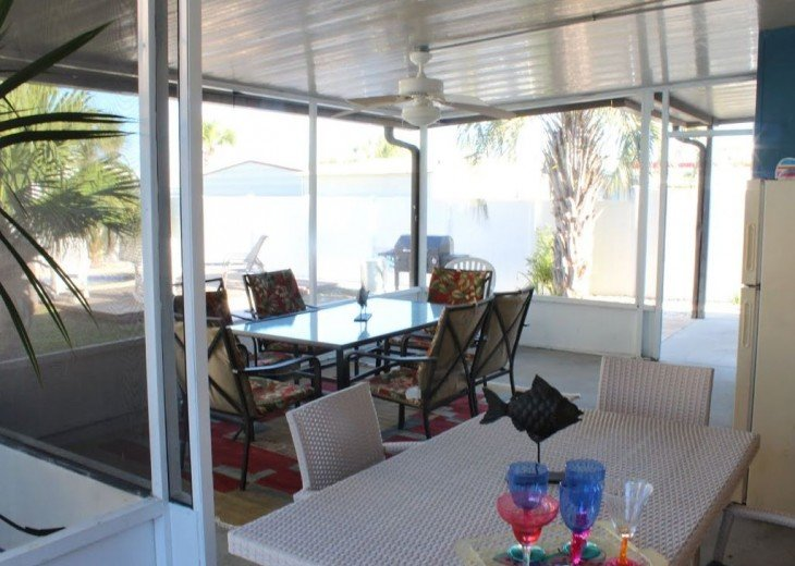 Newly Remodeled Private House w/pool, 200 ft from Beach! WiFi Screened Fla Room #23