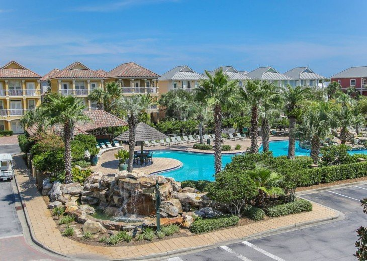 Luxury home! Check in or out any day of the week! 3 day min! Walk to beach #18
