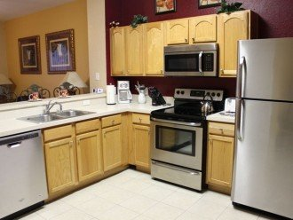 Disney Dreams Too- Fully equipped Kitchen