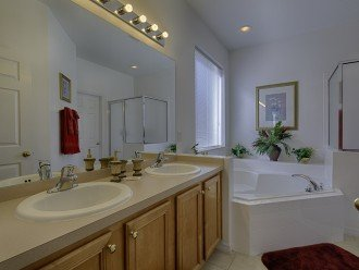 Ensuite 1 Bathroom