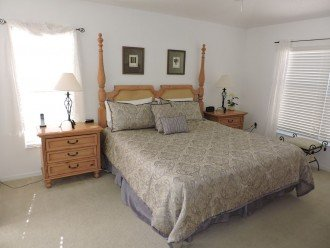 Master bedroom , King size bed, ensuite bathroom and Cable TV