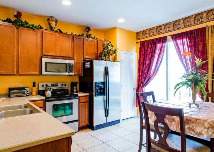 Unit 2 - 3 bedroom home 2655 #9