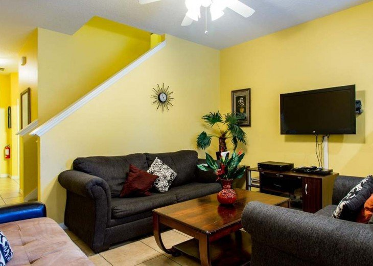 Unit 2 - 3 bedroom home 2655 #3