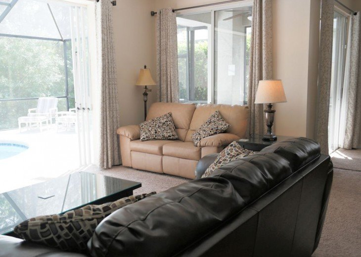 4 BR W/ Private Pool, Game Room & Wireless Internet #9