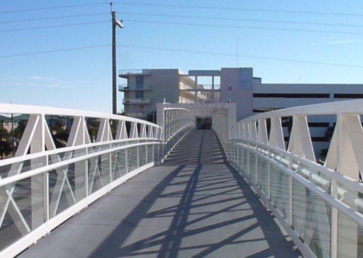 Elevated walkway connecting gulfside to bayside