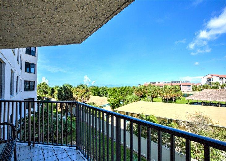 SIESTA KEY #1 voted Beach in America- property right on Siesta Key Beach #66