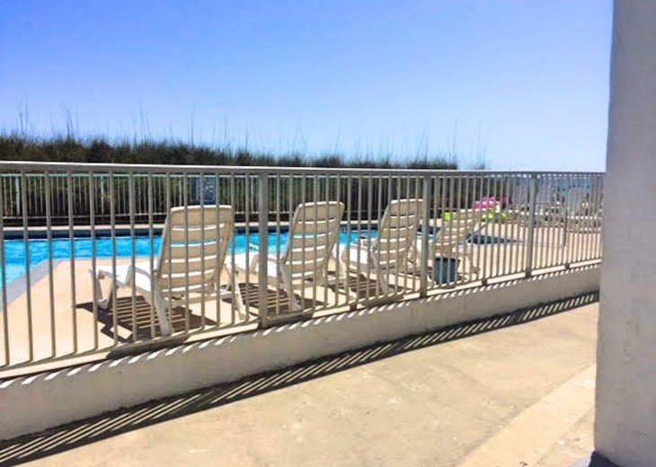 Pet Friendly Ground Level Walk Out to the Beach HotTub WIFI Pool BBQ #26