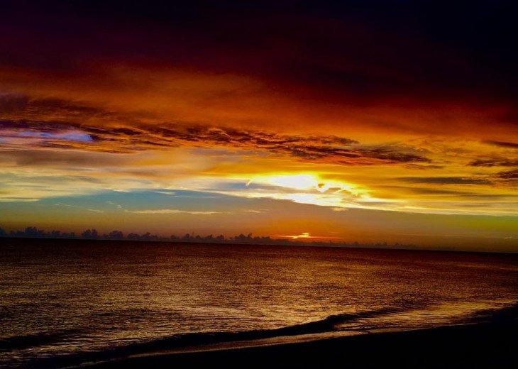 Beachfront Siesta Key, FL.- 3 Bedroom Private Home W/Full Gulf Views! #42