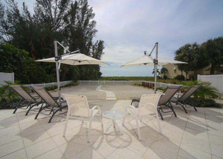 Siesta Key Beachfront 3 Bedroom Private Home W/Full Gulf Views! #3