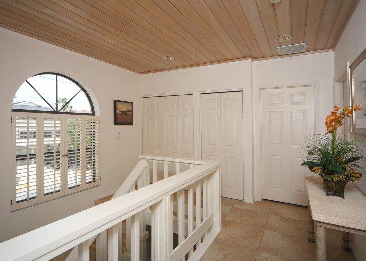 Siesta Key Beachfront 3 Bedroom Private Home W/Full Gulf Views! #22